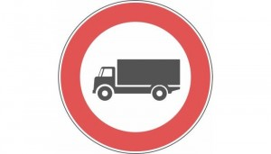 divieto mezzi pesanti